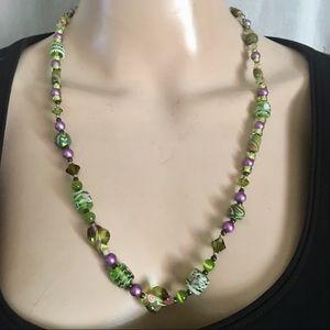 Pretty vintage printed bead necklace